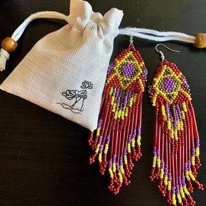 Jewelry - • Native American Beaded Earrings •